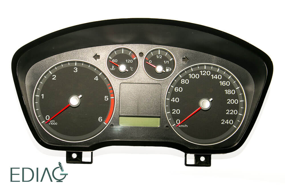 Ford Focus mittarin korjaus