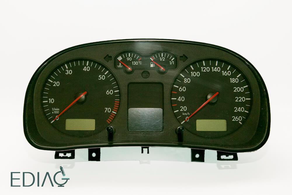 Volkswagen Golf mittarin korjaus