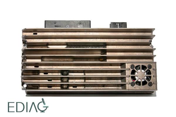 Audi audiovahvistin BANG AND OLUFSEN AMPLIFIER 8T0035223 korjaus