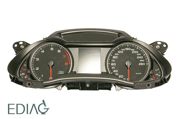 Audi A4 mittariston kojaus 8D0920900T 8K0920930B